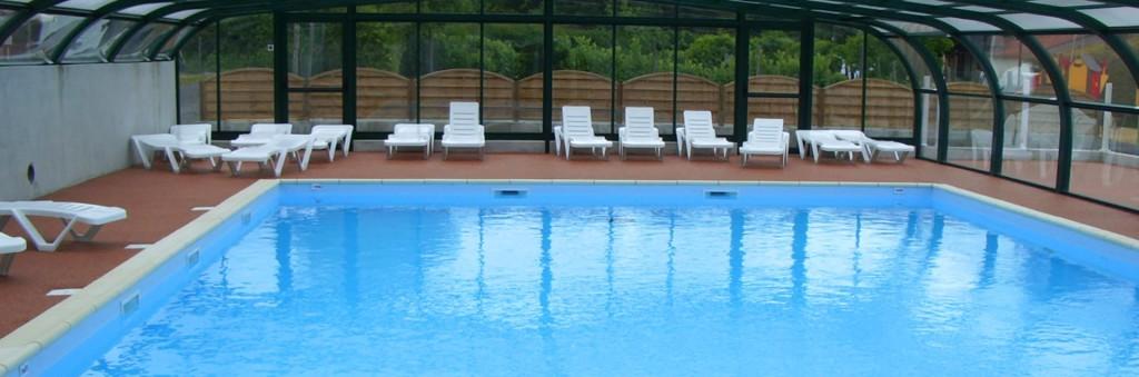 Camping avec emplacement et piscine couverte à Challans