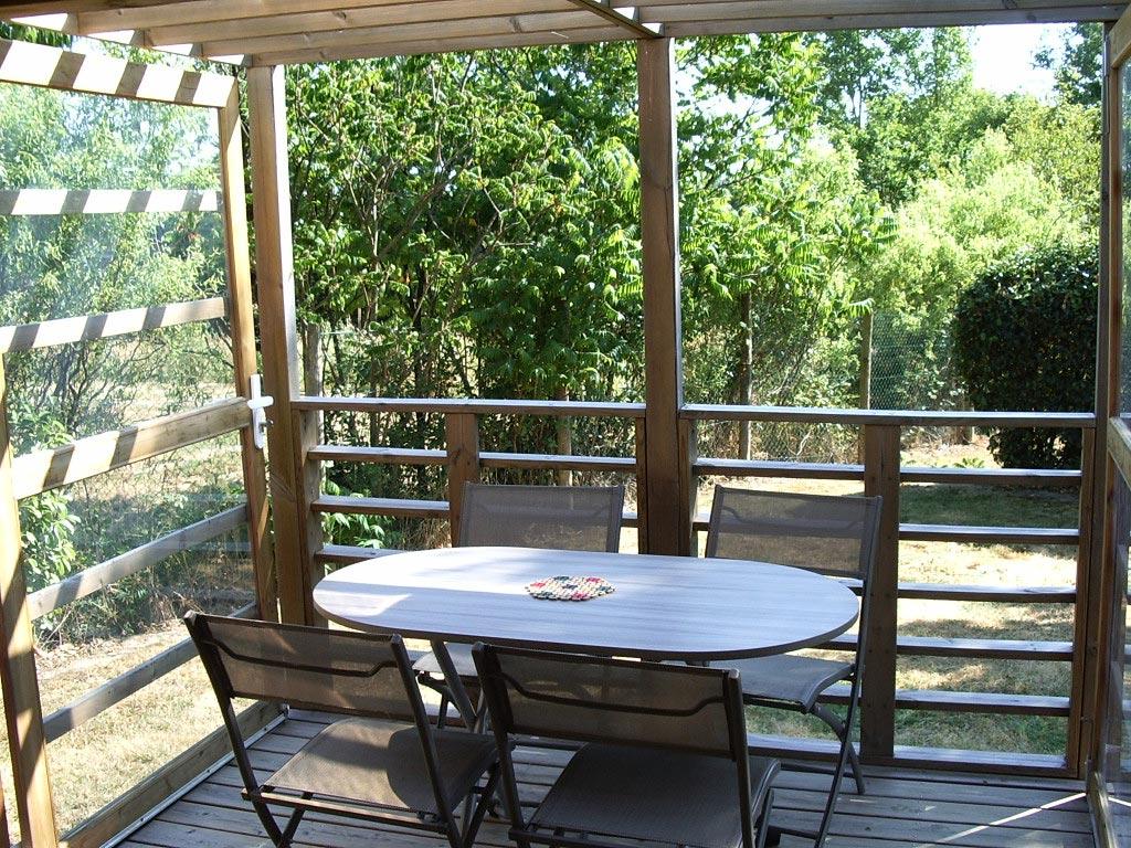 location cabane terrasse vendée