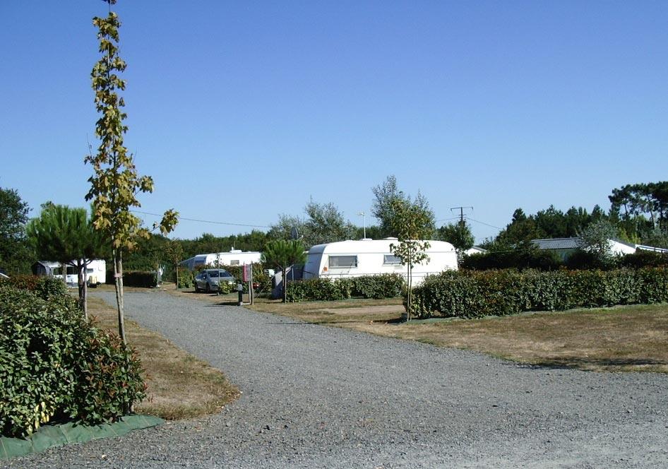 emplacement pour tente ou caravane