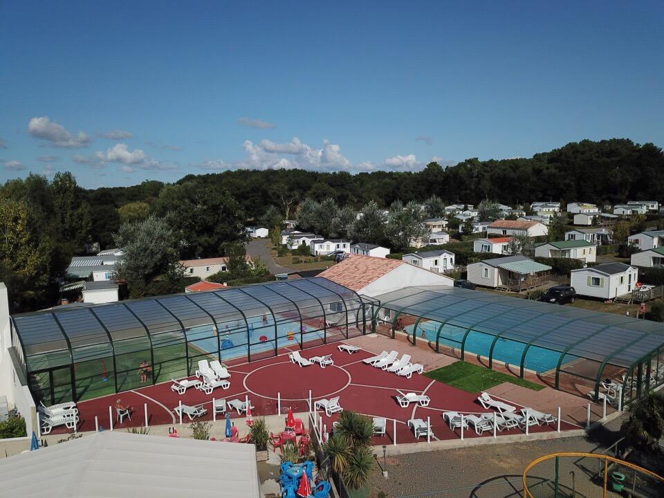 Location dans un camping pas cher avec piscine challans - Camping vendee pas cher avec piscine ...